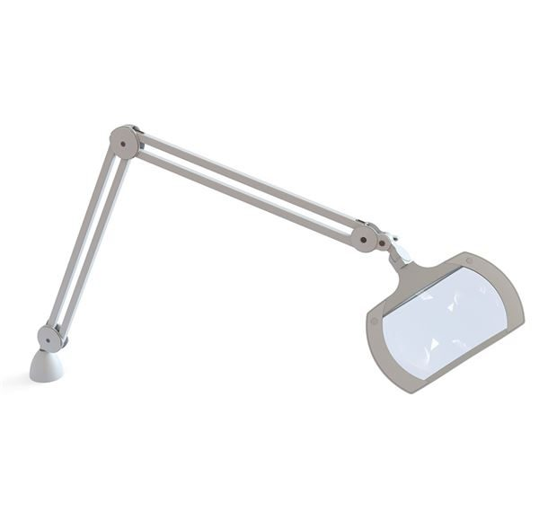 Wide angle magnifying lamp